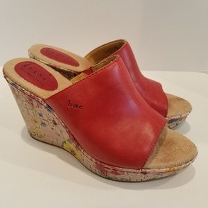Boc Red Leather Wedge Mules Floral Pattern Sz 8